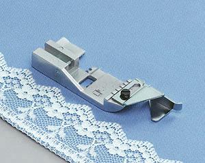 Лапка для вшивания декоративной тесьмы